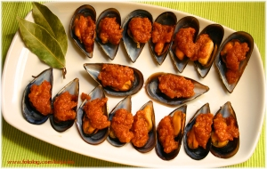 Tigres - stuffed mussels, photo credit Carlos de Paz